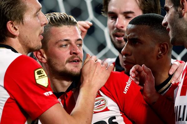 PSV Eindhoven pokonuje Zwolle 3:2